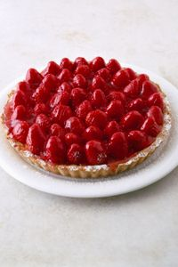 Low-Calorie strawberry pie , ck for res
