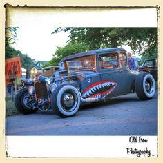 Have a roaaaaring weekend! #Hotrod. #ModelA. #5window. #coupe #traditionalhotrod. #vintage #hotrodhayride. #canon6d. #Canon. #oldironphotography. #carporn. #instaauto. #instacars. ##cargram.