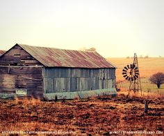 My Notes from New England: Tenterfield Top 10 - #5 My broken windmill There is beauty in everything, even the broken can be beautiful #startthedaywithsomethingbeautiful