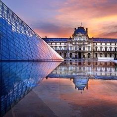 Stay up all night or wake up early to see the #sunrise? Who can sleep when you're in #Paris?! Photo courtesy of @chicvilleusa. We love seeing where you've been. Tag your photos #travelzoo so we can share! #Louvre #France
