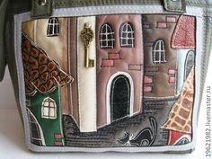 Купить сумка ГОРОД ИЗ МОИХ СНОВ - оливковый, рисунок, сумка женская, сумка Patchwork Bags, Quilted Bag, Novelty Bags, Fabric Bags, Handmade Bags, Tote Handbags, Hand Embroidery, Leather Bag, Purses And Bags