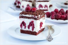 Ciasto z malinami i mascarpone - I Love Bake Cookie Desserts, Sweet Desserts, No Bake Desserts, Sweet Recipes, Cake Recipes, Dessert Recipes, Mascarpone Recipes, Different Cakes, Polish Recipes