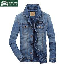 Denim Jacket Fashion, Denim Jacket Men, Bomber Jacket Men, Levis Jacket, Denim Jackets, Man's Overcoat, Mens Designer Shirts, Vintage Jeans, Male Jeans