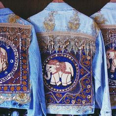 Bejeweled elephant - boho denim jacket w/beaded fringe Painted Jeans, Painted Clothes, Jean 1, Demin Jacket, Denim Art, Estilo Hippie, Mode Boho, Denim And Lace, Embroidered Jacket