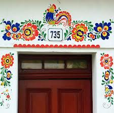 a Outside House Paint, Chicken Barn, Polish Folk Art, Anthropologie Home, Ukrainian Art, Decorative Panels, Painted Doors, Tole Painting, Wall Design