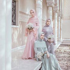 Instagram images from hamidah rachmayanti(@hamidahrachmayanti). 24yo🍂 wife @byhamidah  @hameeda.official  The face of @hijup @mdglowingskin  ✉️Email:aku@hamidaaah.com LINE:(@hamidahrachmayanti) +6282310627589(yusi) Kebaya Muslim, Kebaya Modern Hijab, Kebaya Hijab, Modest Dresses, Pretty Dresses, Wedding Party Dresses, Bridesmaid Dresses, Hijab Mode Inspiration, Hijab Dress Party