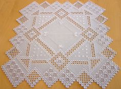 Embroidery Designs, Types Of Embroidery, Hardanger Embroidery, Paper Embroidery, Embroidery Stitches, Crochet Doily Patterns, Crochet Doilies, Point Lace, Tatting Lace