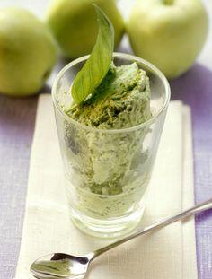 Apfel-Basilikum-Eis: Rezept