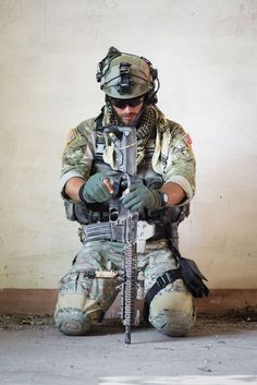 Army Ranger tactical loadout Spec Ops Soldier image: