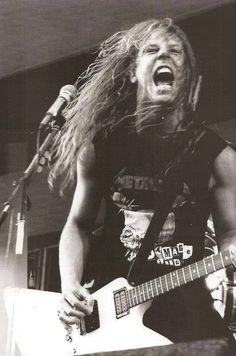 Find images and videos about black and white, young and metallica on We Heart It - the app to get lost in what you love. James Hetfield Young, James Hetfield Guitar, Jason Newsted, Cliff Burton, Robert Trujillo, Metallica Art, Metallica Concert, Heavy Metal Music, Judas Priest