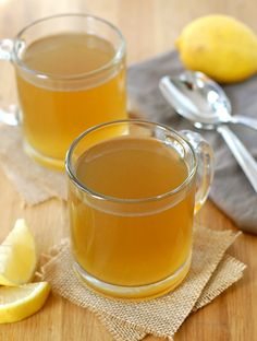Healing Lemon Ginger Bone Broth – Turnip the Oven Apple Cider Vinegar Chicken, Soup Broth, Detox Soup, Peeling, Yummy Drinks, Healthy Drinks, Soups And Stews, Superfood, Smoothie Recipes