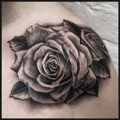 More roses. Slightly warped Due to the area it's on. With. @silverbackink #darkerseries #instablack @custompropagandatattoo @eikondevice
