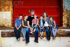 Simplicity Photography, what a fun family shoot! Loving the color pop, setting and outfits! Urban Family Pictures, Large Family Photos, Family Picture Poses, Family Photo Sessions, Family Posing, Family Pics, Urban Family Photography, Simplicity Photography, Photography Poses
