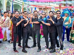 'Golmaal Again' box-office collection Day 6 Ajay Devgn-Parineeti Chopra starrer earns Rs 10.50 crore - Times of India #757Live