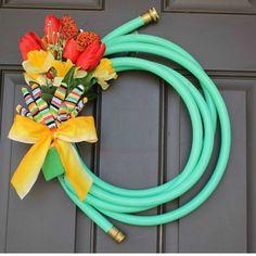 Best Easy to Make Wreaths Design ~ http://www.lookmyhomes.com/easy-to-make-wreaths/