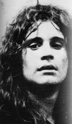 the year I was born lol 😂 Ozzy Osbourne Quotes, Ozzy Osbourne Black Sabbath, Geezer Butler, James Dio, Jim Morrison Movie, Kings Of Leon, Famous Musicians, Heavy Metal Music, Rock Legends