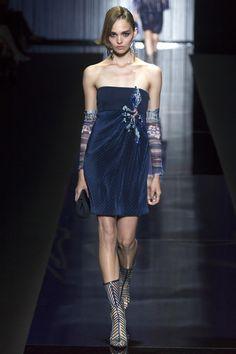 Giorgio Armani Spring 2017 Ready-to-Wear Fashion Show - Katrin Zakharova