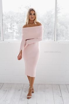 fit: standard sizing,   fitted style, medium weight fabric, stretch ribbed fabric, unlined, pull on style colour:   soft pink fabric:   wool, nylon, polyester length: approx. 72cm waist to hemline our model is 163cm tall and is pictured in a size 8/S please note we suggest to go down a size, due to stretch in material.