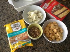 FOODIË: DIRTY BLONDIES White Chocolate Reese's Cups and Golden Oreos! Make this brownie gooey and super rich!