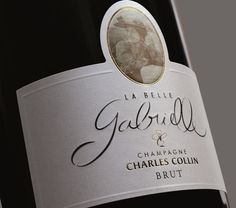 Champagne Charles Collin, matinée avec un œnologue - Aube Champagne. Au cours de cette matinée, vous découvrirez dans les magnifiques paysages plantés de vigne AOC champagne, les secrets du métier de vigneron. Selon vos souhaits, nous aborderons un des thèmes suivants : l'histoire du champagne, l'économie de la Champagne, la viticulture, la vinification et la fameuse « méthode champenoise » ainsi que l'œnologie. Nous terminerons si vous le souhaitez par la flûte de l'amitié.