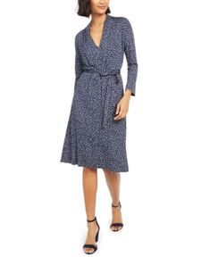 French Connection Tie-waist Jersey Dress In Nocturnal Multi French Connection Style, Review Dresses, Classic Looks, World Of Fashion, Flare Dress, Dapper, Dresses Online, Dress Outfits, Wrap Dress