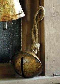 .love vintage bells