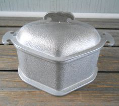 Vintage Guardian Services Pot Triangle with Lid Guardianware  Grandma's triangle pots!