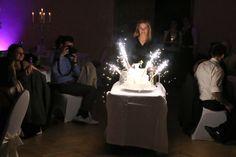 Bühne frei für die Hochzeitstorte in Sehnde