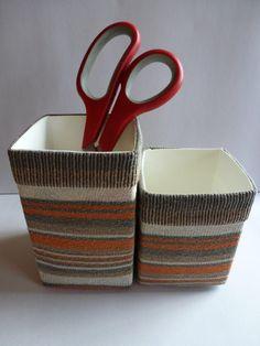 Körbchen aus Tetrapacks mit Sockenüberzug