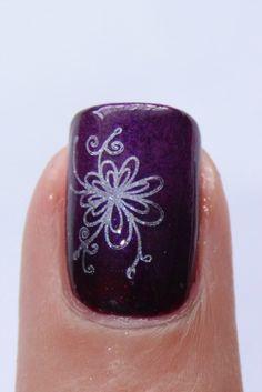Konad Nail Art Flower