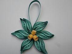 Alzavola oro fiore ornamento dell'albero di Natale carta