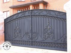 New House Front Gate Wrought Iron 64 Ideas Steel Gate Design, Front Gate Design, Main Gate Design, House Gate Design, Door Gate Design, House Front Gate, Front Gates, Simple Gate Designs, Gates And Railings