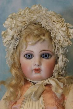 "19"" First Series Portrait Jumeau Blue Spiral Threaded Paperweight Eyes Orig Body"