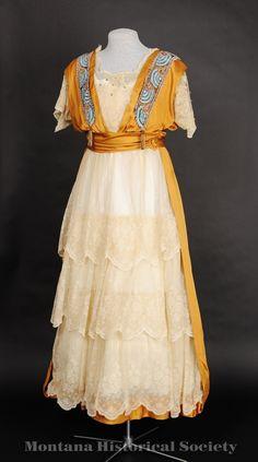 1914-1919 dress.