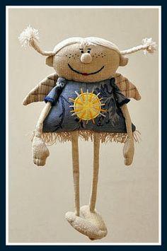 Страсти по дениму. - Lana Olsh - Веб-альбомы Picasa Handmade Toys, Handmade Art, Artisanats Denim, Angel Crafts, Fabric Toys, Sewing Toys, Felt Toys, Soft Dolls, Stuffed Animal Patterns