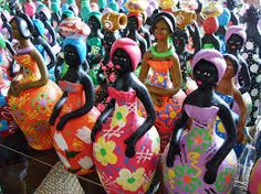 Beautiful Brazilian dolls made of clay!