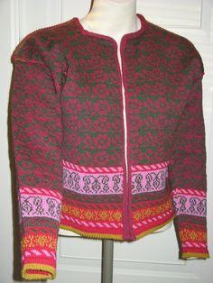 Lett ullkofte til sumaren, str Men Sweater, Sweaters, Fashion, Moda, Fashion Styles, Men's Knits, Sweater, Fashion Illustrations, Sweatshirts