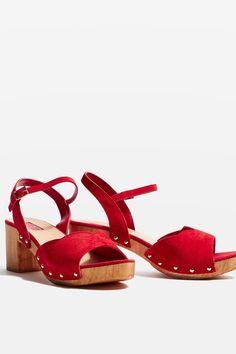 VALENTINE Sweetheart Sandals