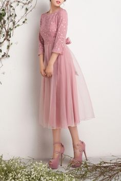 Eavnos   Fashion Designer Brand on DEZZAL