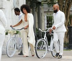 How perfect are these guys? I'm not sure that I could pull off the plunging necklace on my wedding day but Solange and her beardy husband are perfection here!