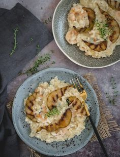 Chinese Garlic Chicken - Way Better than Takeout! Chinese Garlic Chicken, Garlic Chicken Recipes, Shrimp Risotto, How To Make Risotto, Classic Italian Dishes, Creamy Rice, Easy Weeknight Dinners, Rice Dishes, Cooking