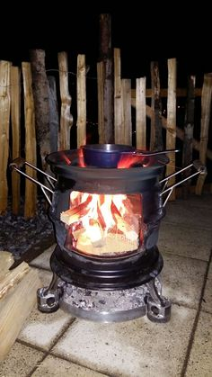 Outdoor Stove, Cookers, Metal Art, Foyer, Projects To Try, Home Appliances, Patio, Wood, Stems