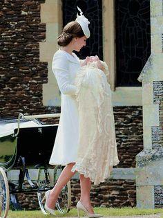 southerndomesticgoddess: The christening of Princess Charlotte Elizabeth Diana, July 5, 2015.