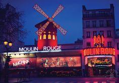Façade Moulin Rouge (© Francis TheBlueRoom) #montmartre #paris #moulinrouge