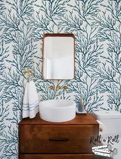 Vinyl Wallpaper, Coastal Wallpaper, Cottage Wallpaper, Paper Wallpaper, Bathroom Wallpaper, Home Wallpaper, Bathroom Mural, Mural Floral, Coastal Bathrooms
