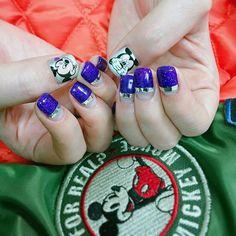 미키를 좋아하고 미키옷을 입고온 신지언니가  손톱에도 미키를 그리고 갔다 #미키네일#notd#nails#nailart#gelnail#instanails #nailstagram #nail#mickey#미키