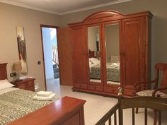 Habitacion 3 con armario y cuna