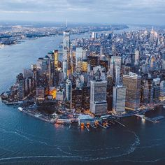 New York is always a good idea. // New York est toujours in bon idée. Places Around The World, The Places Youll Go, Places To Visit, Around The Worlds, Wallpaper City, New York City, Ville New York, Dream City, Concrete Jungle