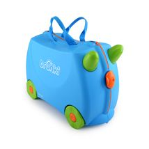 Buy Trunki Ride-On Case (Terrance/Blue) online and save! Trunki – the world's first ride-on suitcase for globetrotting tots! Trunki was created to beat the boredom so often suffered by travelling tots. Childrens Shop, Childrens Luggage, Kids Luggage, Childrens Suitcases, Travel Luggage, Luggage Bags, Lego Club, Top Toddler Toys, Hand Luggage Suitcase