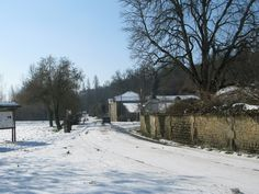 Snow in February 2012 in Saint-Simeux